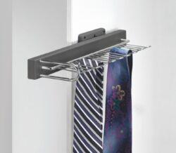 Výsuvný věšák na kravaty a opasky, 155x430x80 mm pravý, chrom - hliník eloxovaný