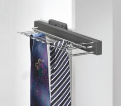 Výsuvný věšák na kravaty a opasky, 155x430x80 mm levý, chrom - hliník eloxovaný