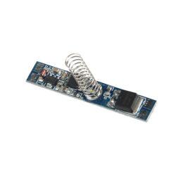 Vypínač a stmívač s pamětí MINI do LED profilu kapacitní LUX E+ 8x46 mm-Vypínač a stmívač s dotykovým kapacitním ovládáním do profilu slouží k spínání LED osvětlovacích sestav malého výkonu.