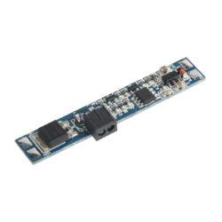 Vypínač do LED profilu dveřní IR BOČNÍ 10x55 mm-Vypínač IR dveřní slouží k bezkontaktnímu spínání LED osvětlovacích sestav malého výkonu na principu odrazu paprsku infračerveného záření.