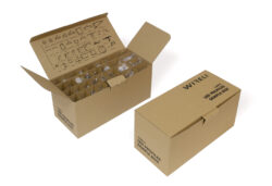 Vzorkový box s LED profily WIRELI 2021-Vzorkový box s typizovanými hliníkovými profily k testování.